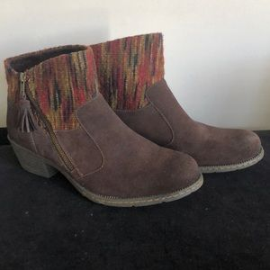 BOC ankle boots size 10
